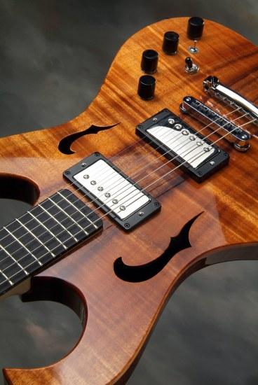 namm-chambered-guitar-6